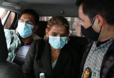 Bolivia: Jeanine Áñez se descompensa en prisión y piden una revisión médica externa