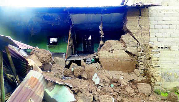 Lluvias causan inundaciones y el colapso de tres casas en Pasco