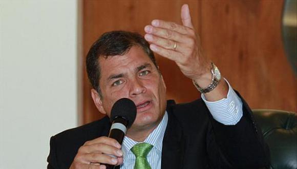 Rafael Correa defiende la regulación de los medios de comunicación