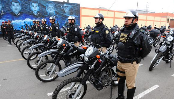 Asbanc donó 28 motos a las Águilas Negras de la PNP