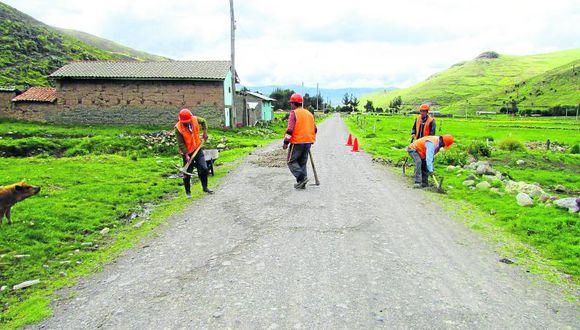 Caminos rurales y trochas en Chupaca urgen atención