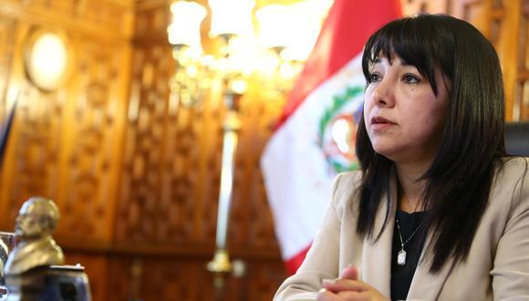 Mirtha Vásquez, presidenta del Congreso indicó que la Comisión de Constitución del Parlamento podría evaluar si inicia un debate para delimitar la causal de incapacidad moral permanente. (Foto: GEC)