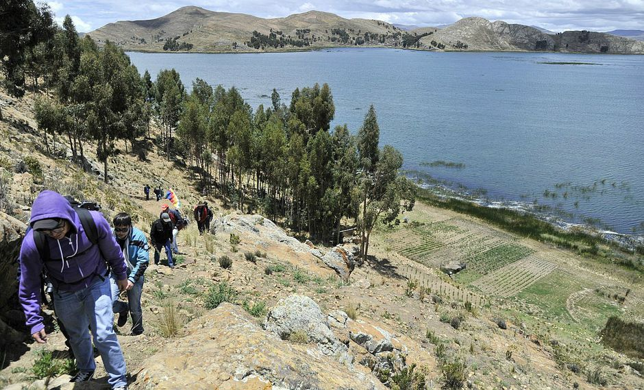 Youtube: Captan a una sirena en el lago Titicaca (VIDEO)