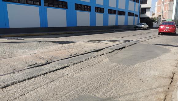 Un tramo de la avenida Cusco todavía no era asfaltado hasta ayer lunes. (Foto: Correo)