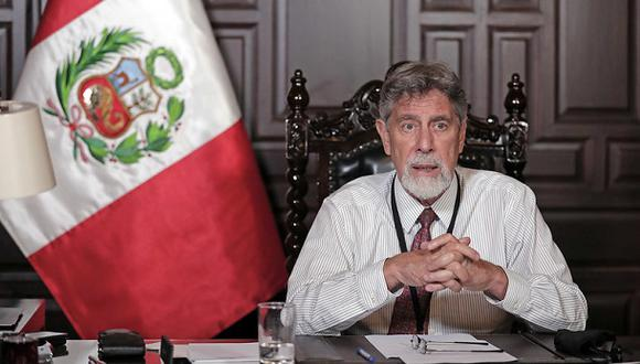 Estarán prohibidas las reuniones sociales, incluyendo las que se realizan en los domicilios y visitas familiares, se encuentran prohibidas, por razones de salud y a efecto de evitar el incremento de casos de COVID-19.  (Foto: Presidencia Perú).