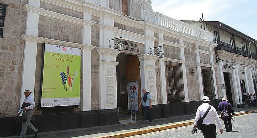 El Hay Festival empieza en 10 escenarios de Arequipa