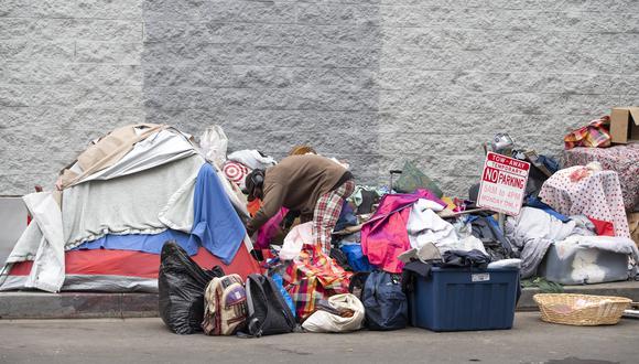 En ciudades como Los Ángeles, hay altas tasas de pobreza y personas sin hogar, pese que también es hogar de personas adineradas. (Foto: AFP)