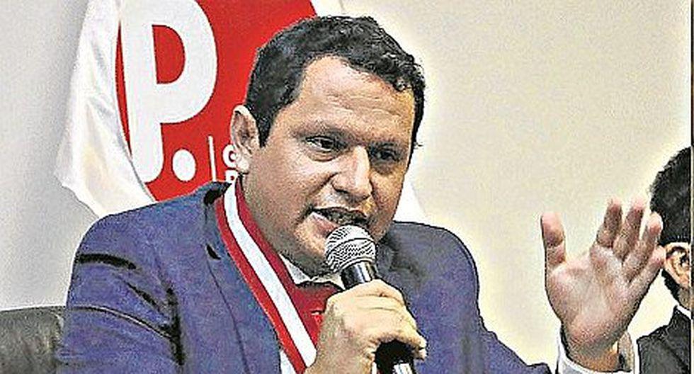 """Servando García: """"Es un momento difícil para el Apra"""""""