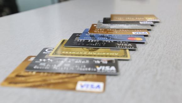 """Lejos de las consecuencias económicas que implica el incumplimiento del pago de una tarjeta de crédito, el 'score' crediticio del titular también se pone en riesgo y no favorece su """"imagen"""" frente a otras entidades financieras en caso desee negociar algún producto financiero (Foto: GEC)"""