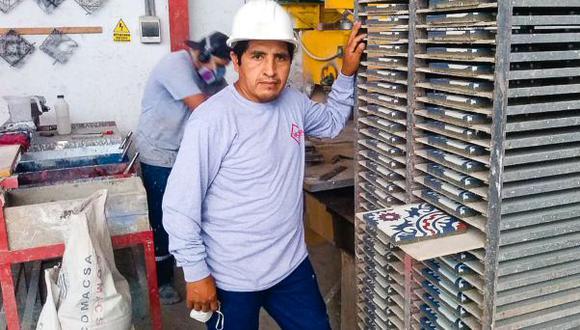 """""""La idea es seguir formando a más personas en este oficio para que la tradición no se pierda"""", asegura López. (Foto: Difusión)"""