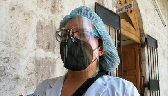 Pacientes siguen usando dióxido de cloro y llegan graves al hospital Goyeneche| Foto: Albetty Lobos