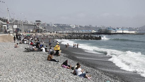Municipalidad de Lima y otras 6 comunas presentarán propuesta para reducir aforo en playas de la Costa Verde. (Foto: GEC)