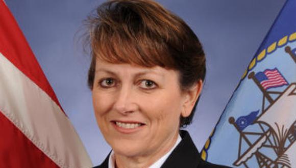 EEUU: Por primera vez nombran a mujer como comandante de flota de Marina
