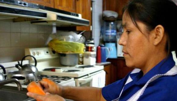 El presidente promulgó la ley que establece derechos para las trabajadoras del hogar. (Foto: Andina)