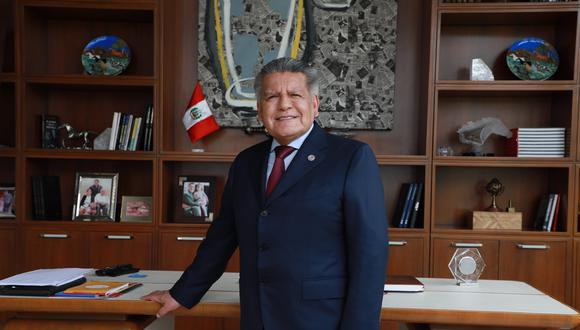 Líder de Alianza para el Progreso indica que Congreso debe elegir a un nuevo jefe de Estado. (Foto: Juan Ponce)