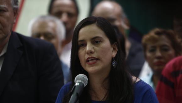 Verónika Mendoza es la única precandidata a la Presidencia de la República quien busca liderar la alianza con Juntos por el Perú. (Foto: USI)