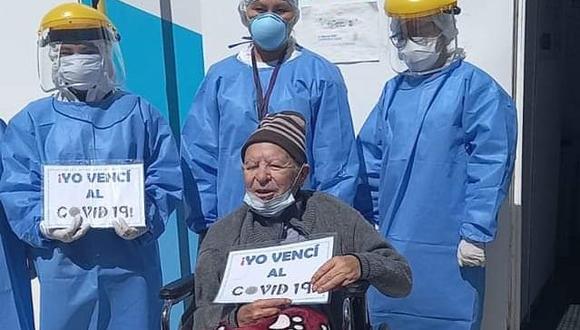 Poeta fue dado de alta del hospital Goyeneche| Foto: Difusión