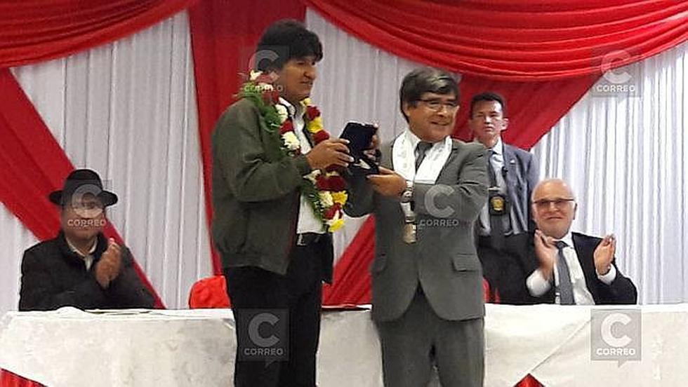 Presidente Evo Morales supervisa descargo de mercaderia boliviana en el puerto de Ilo (FOTOS)