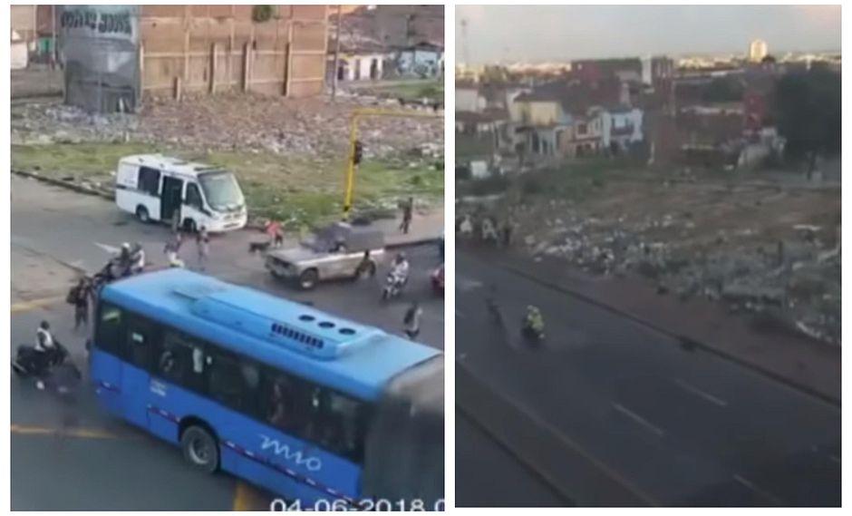 Delincuente muere a bordo de su moto tras ser arrollado por bus en persecución policial (VIDEO)