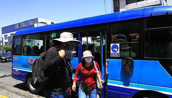 Arequipa: Patrullas móviles se suman a control del uso de caretas faciales