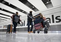 Coronavirus en Reino Unido: colas de hasta seis horas en el aeropuerto de Heathrow por los nuevos controles