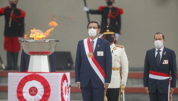 Dominical reveló más contrataciones ligadas a los amigos del presidente Martín Vizcarra. (Foto: Juan Pablo Azabache Manayay / Presidencia)