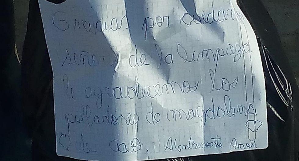 Niño deja emotiva carta a trabajadores de limpieza