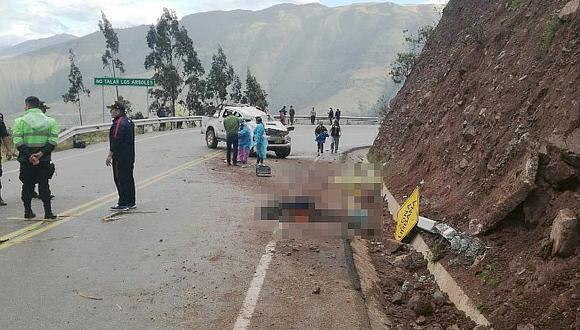 Vuelco de camioneta deja dos muertos y soldados heridos en Apurímac