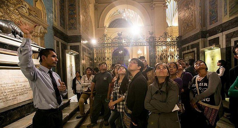 Museos, galerías e iglesias abrirán en horario nocturno este viernes