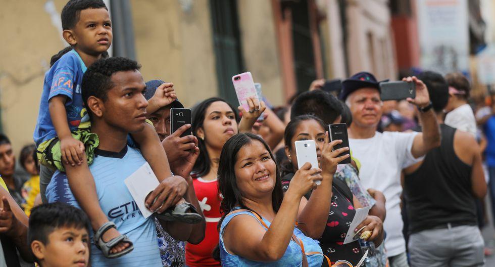 Familias, amigos, extranjeros, todos participaron del 'Carnaval de Lima'. (Foto: Municipalidad de Lima)
