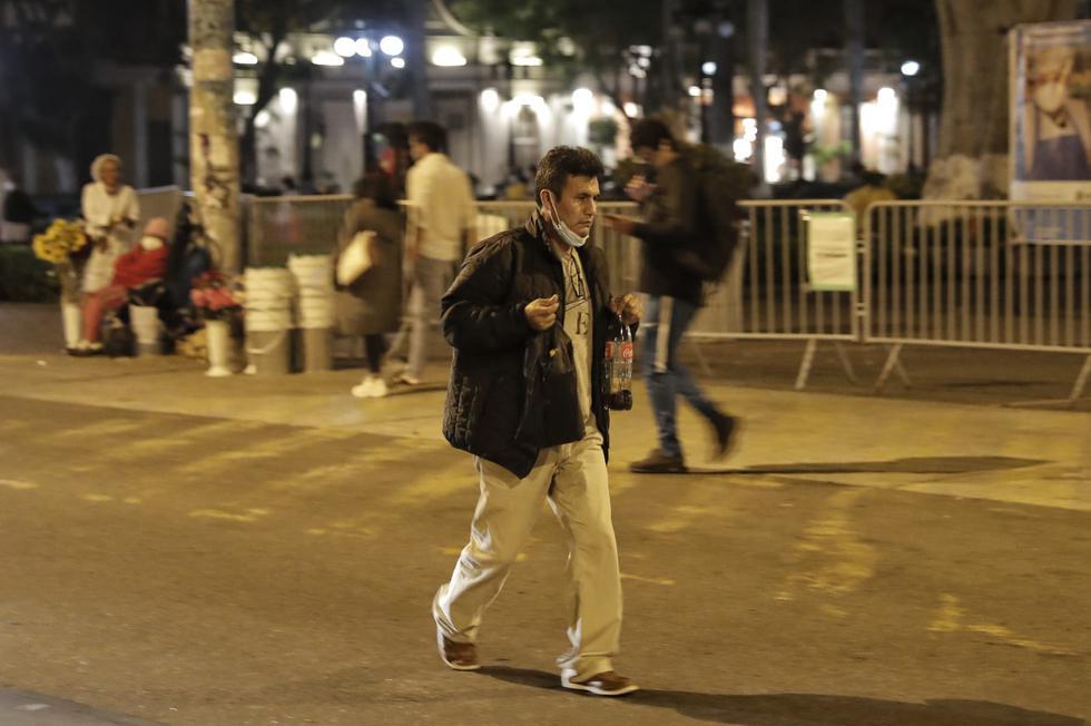 Ciudadanos salieron a pasear por Barranco. (Foto: Renzo Salazar / @photo.gec)