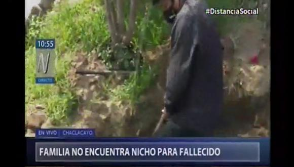 De esta manera, familiares de difunto buscan enterrarlo frente a su casa. Captura: Canal N