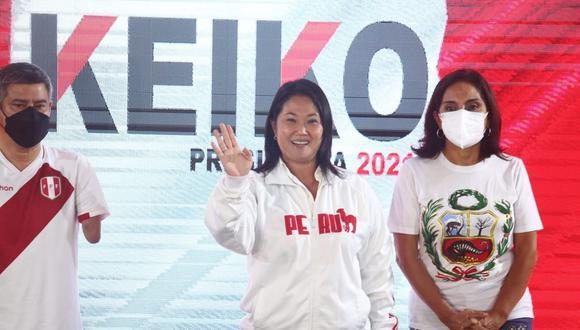 Conferencia de prensa de Keiko Fujimori en su local de prensa. Fotos: Alessandro Currarino / @photo.gec