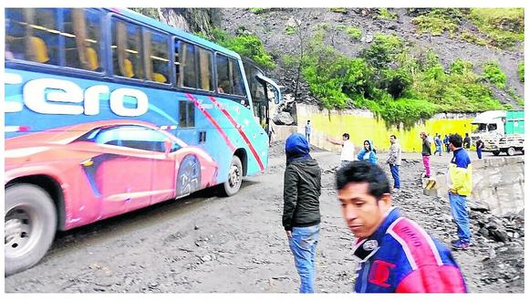 Huaico bloquea pase en la Selva Central por varias horas
