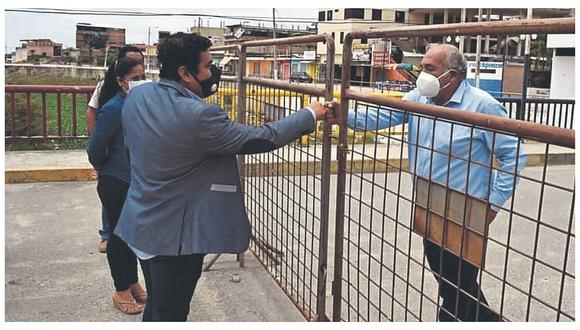 Alcaldes buscan solución al comercio en la frontera de Tumbes
