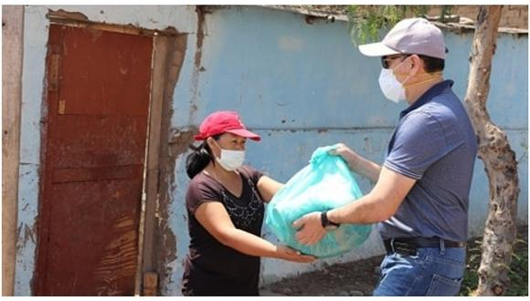La Libertad: 400 familias vulnerables reciben víveres