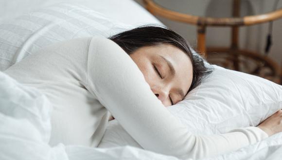 El sueño es una parte muy importante en nuestra rutina diaria porque nos ayuda a recuperar energía, relajar los músculos, liberar hormonas como las del crecimiento. (Foto referencial - Pexels)