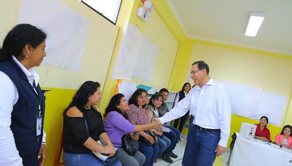 Martín Vizcarra anuncia que el martes convocará a referéndum
