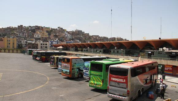 Terminales formales se encuentran cerrados en Arequipa