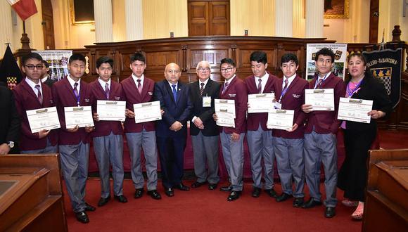 Colegio Santa Isabel entre los ocho mejores de Latinoamérica