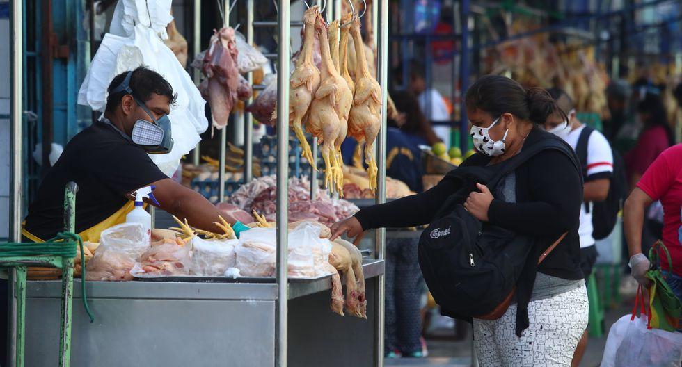 De acuerdo con Produce, los tres centros de abastos son Caquetá (San Martín de Porres), Ramón Castilla (Mercado Central) y San Felipe (Surquillo), donde se comprobó que los tres tienen un avance de más del 90% en la implementación de medidas de bioseguridad. (Foto GEC)