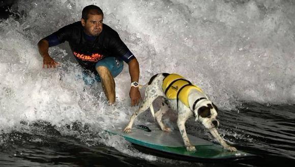 San Bartolo: Surfista y su perro participaron en competencia mundial de surfing