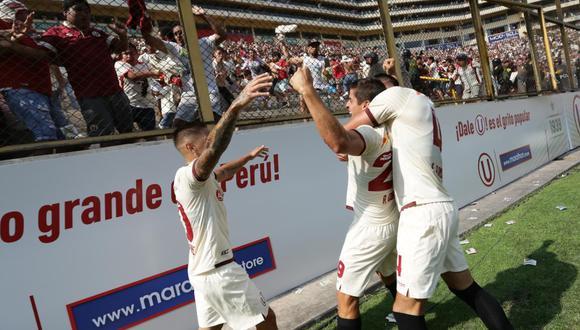 Aldo Corzo puso el 1-0 ante Alianza Lima y celebró su gol con la Trinchera Norte (Foto: GEC)
