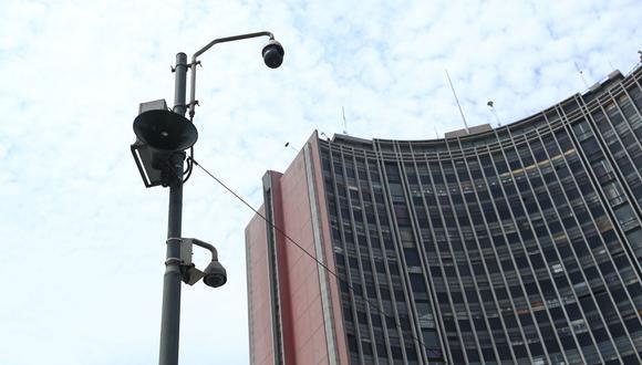Casi una de cada tres cámaras de seguridad de la MML no funciona, informó regidor.  (Foto: Alessandro Currarino).