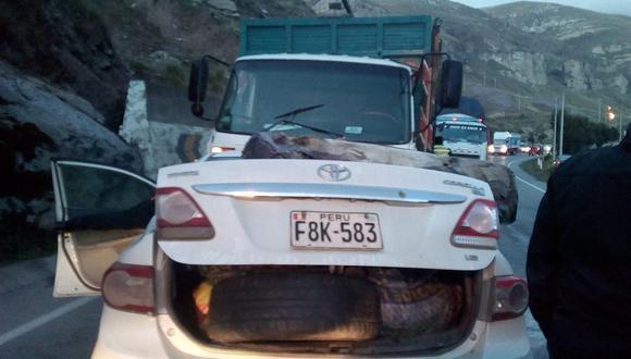 Trágico accidente en Carretera Central deja a regidora al borde de la muerte