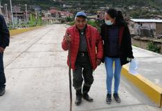 Rescatan a Teobaldo, un anciano de 78 años y ciego que dormía en la calle de Huancavelica