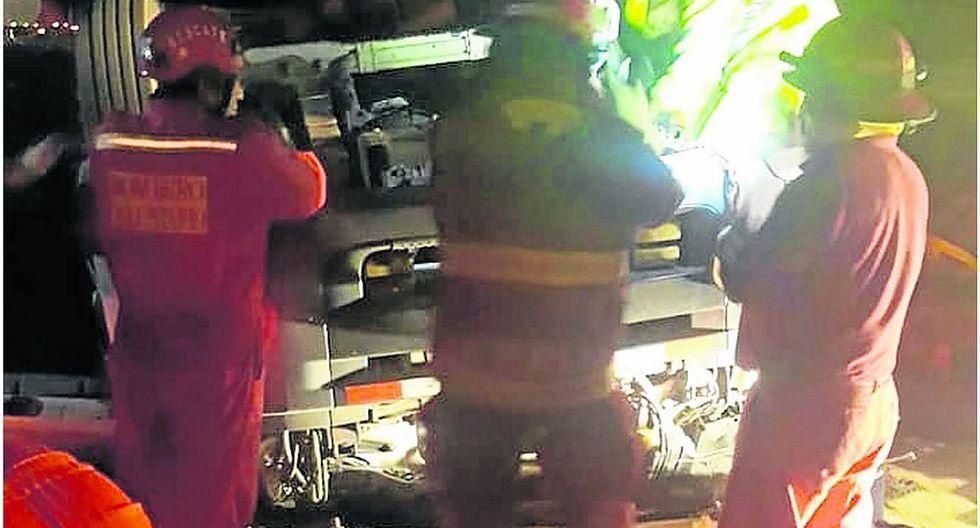 Camión sufre vuelco en cuestionado óvalo de Tortugas y chofer fallece