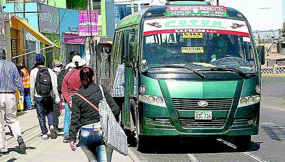 Arequipa: MPA contrata incierta limpieza de paraderos