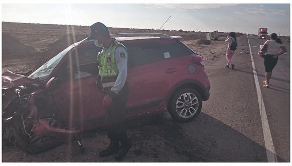 Camioneta chocó frontalmente contra camión tráiler en la vía que une Chiclayo-Piura por el distrito de Mórrope.