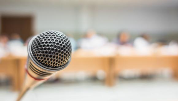Escuelas virtuales de oratoria y liderazgo, y de organizaciones juveniles (Foto: Freepik)